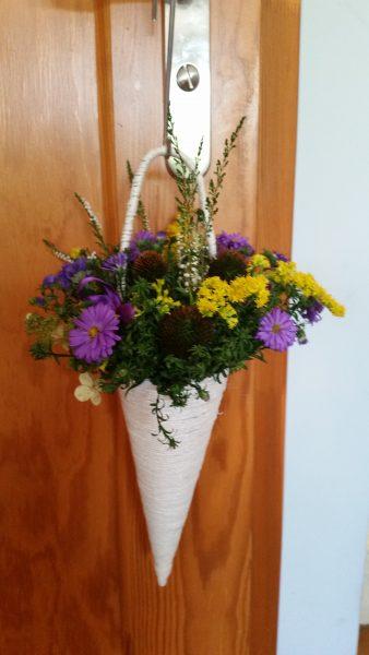 Rożek z kwiatów ogrodowych
