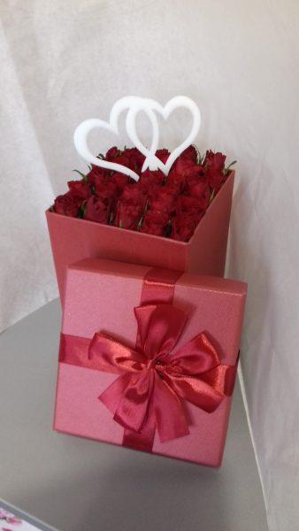 Flower box z 25 różami