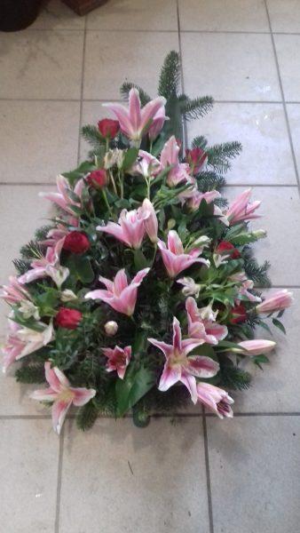 Wiązanka pogrzebowa lilie-róże