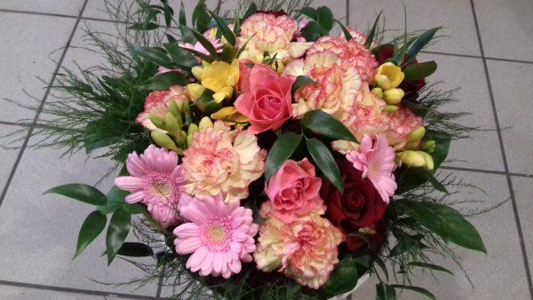 Bukiet z 33 kwiatów