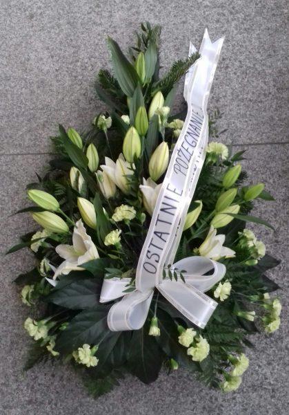 Wiązanka pogrzebowa z lilii i goździków
