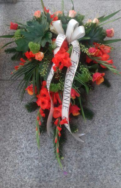 Wiązanka pogrzebowa mieczyk, róża