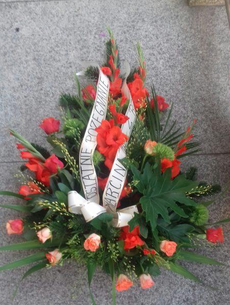 Wiązanka pogrzebowa mieczyk, róża, goździk