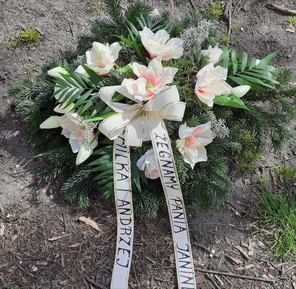 Wiązanka pogrzebowa kwiaty sztuczne