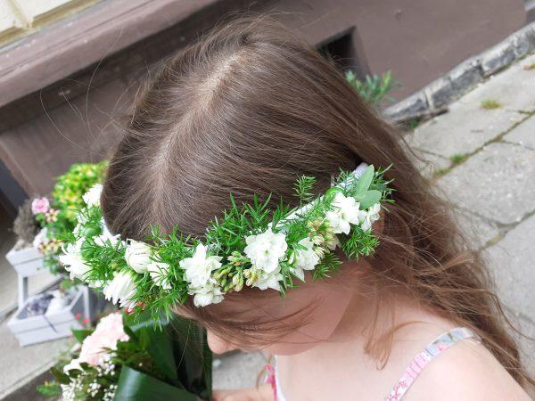 Opaska z białych kwiatów kalanhoe