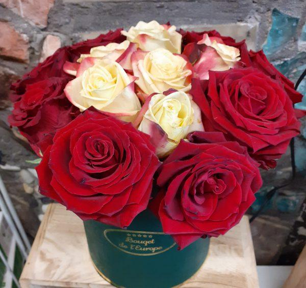 Flower box z 15 róż
