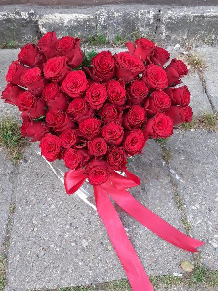 Kosz serce z 37 róż