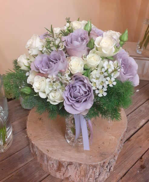 Bukiet z róż fioletowych