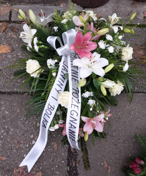 Wiązanka pogrzebowa z lilii i róż