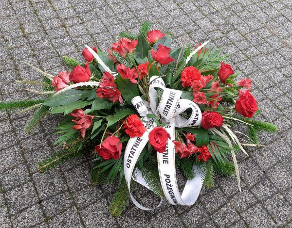 Wiązanka z róż i alstromerii czerwona