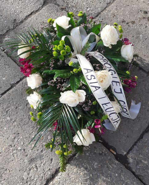 Wiązanka pogrzebowa fioletowo-biała